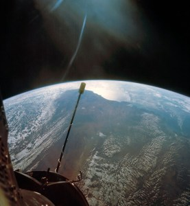 To this day, Gemini XI retains the record for the highest altitude ever achieved by an Earth-orbital piloted mission. Only the Apollo lunar expeditions traveled farther (Credits: NASA).