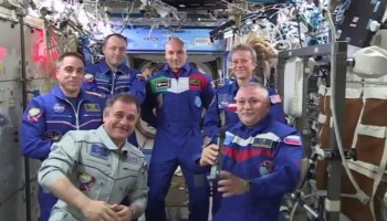 ISS Expedition 36/37 Change of Command (Credits: NASA).