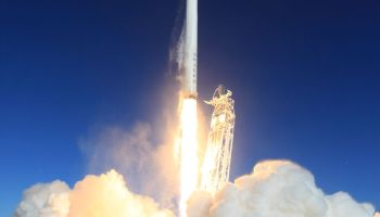 Launch of Falcon 9 v1.1 on September 29 (Credits: SpaceX).