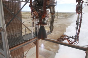 Close up of the BE-3 static fire test (Credits: Blue Origin).