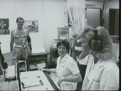Congressman Bill Nelson undergoes medical tests in the JSC Clinic in September 1985 (Credits: NASA).