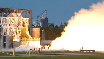 An AJ26 engine test fire