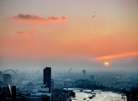 sunset-view-of-London-from-the-Royal-Observatory-in-Greenwich-Park