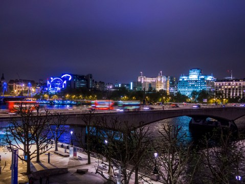 3_night-city-view-of-London,-England-from-the-National-Theatre