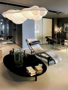 Cassina-designer-interior-furniture-shop-in-Paris-Saint-Germain (3)