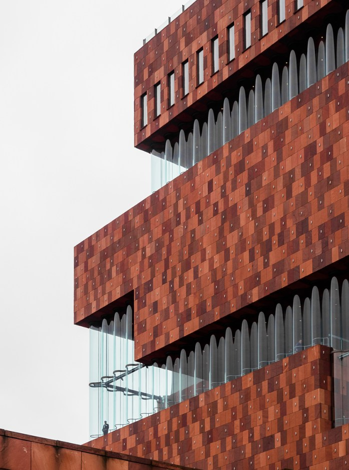 Museum-aan-de-Stroom-in-Antwerp-designed-by-Neutelings-Riedijk-architects.-architecture-to-visit-in-Belgium