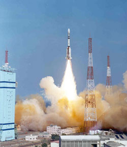 India launches a powerful GSLV rocket toward space.