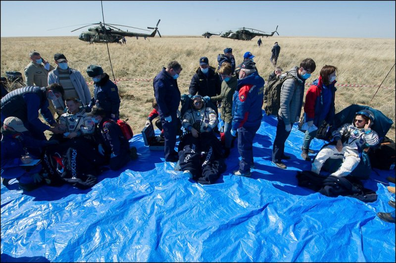 American-Russian Soyuz Crew of Meir, Morgan, Skripochka Return Safely to Changed Earth from Space Station