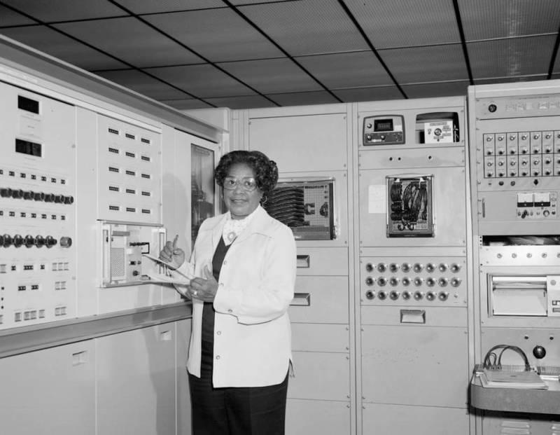 NASA Headquarters Named in Honor of 'Hidden Figure' Mary W. Jackson