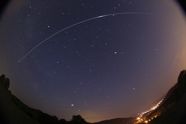 https://i1.wp.com/www.spaceweather.com/swpod2007/13jun07/martin-popek-iss12.6_1181684800.jpg
