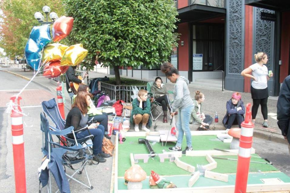 SOTA students created a mini golf course at PARK(ing) Day 2015