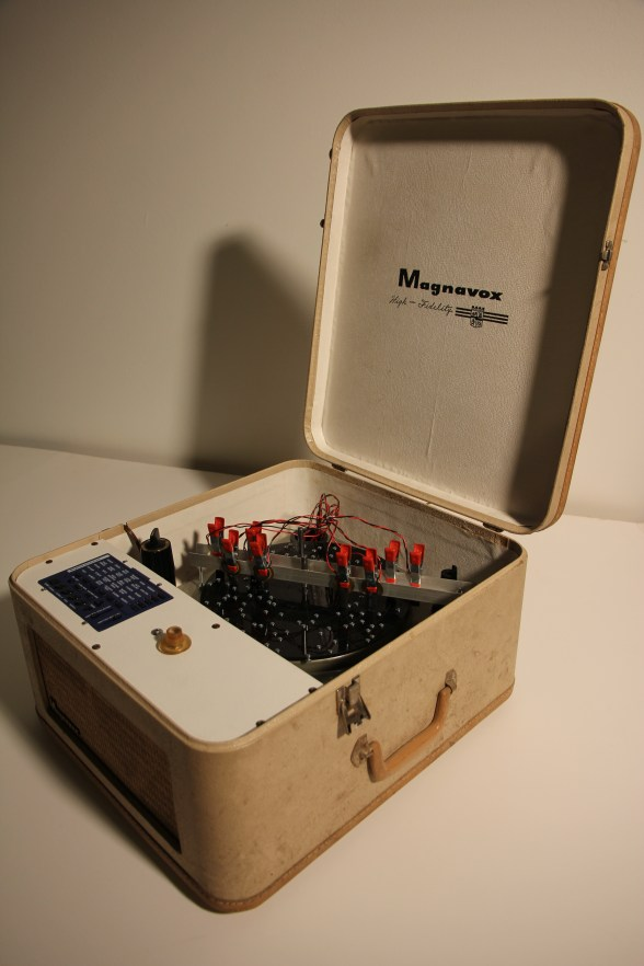 Magnavox Astrum (great voice of the stars) Andy Behrle found objects, electronics, metal, plastic 2018