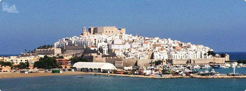 地中海に浮かぶ街、ペニィスコラ。バレンシア地方。