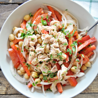 Chickpea Salad with Tuna