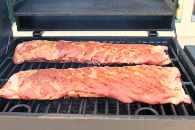 Homemade barbecue sauce on smoked ribs 5