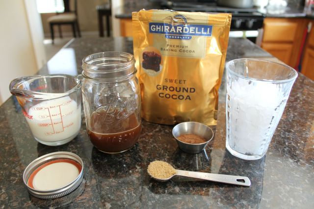 2 minute iced mocha coffe 1