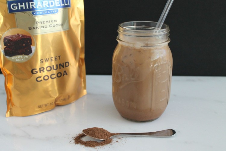 2-Minute Iced Mocha Coffee (Plus a Giveaway!!)
