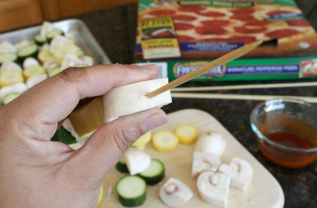Grilled Seasoned Veggie Kabobs with Freschetta Pizza 4.2