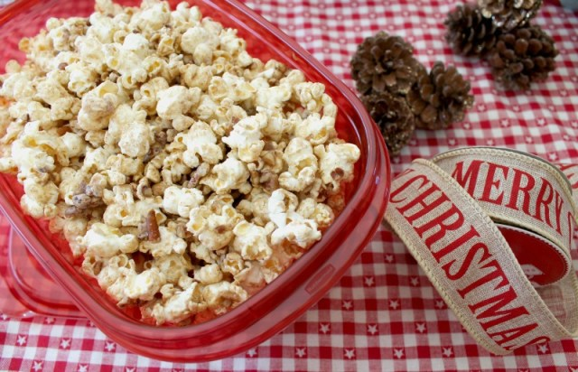 Candied pecans with popcorn 1.1