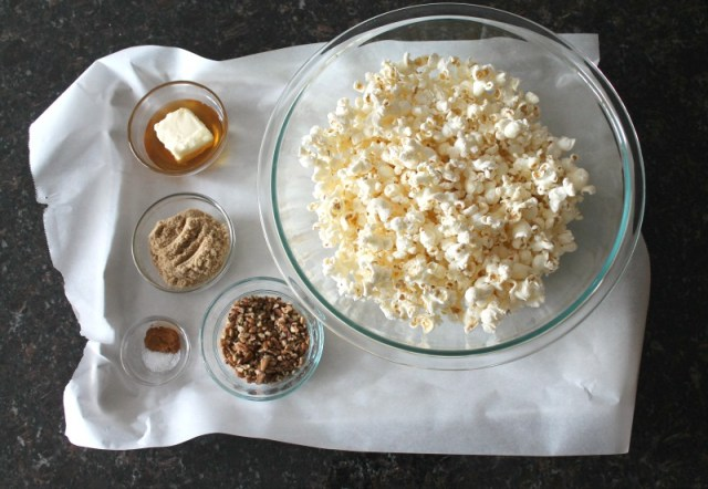 Candied pecans with popcorn 9.1