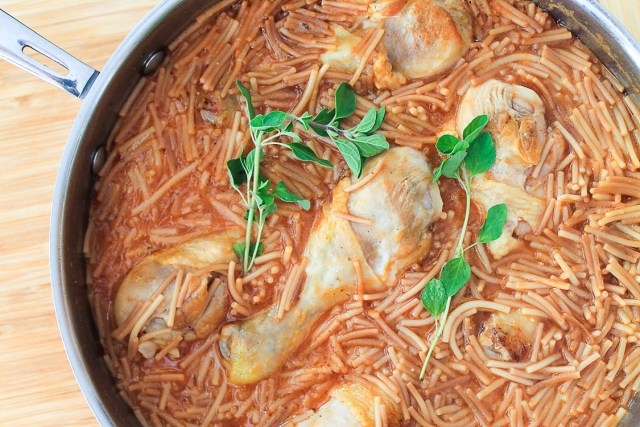 Sopa de Fideo with Chicken