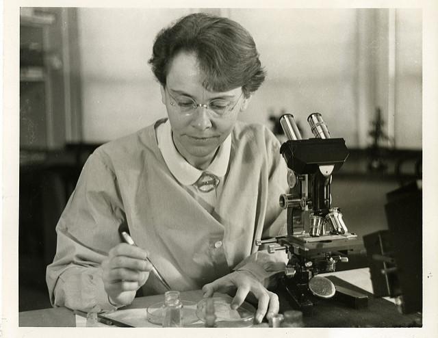 Premios-Nobel-a-mujeres-Barbara-McClintock