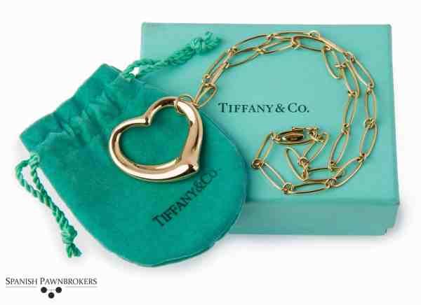 Tiffany & Co. Open heart necklace signed Elsa Peretti