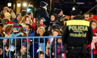 Extra Politiecontroles Om Aanslagen Tijdens De Driekoningen Optochten Te Voorkomen In Spanje