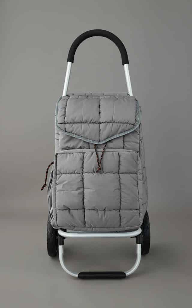 Zara verkoopt online nu ook boodschappentrolleys en opvouwbare tassen