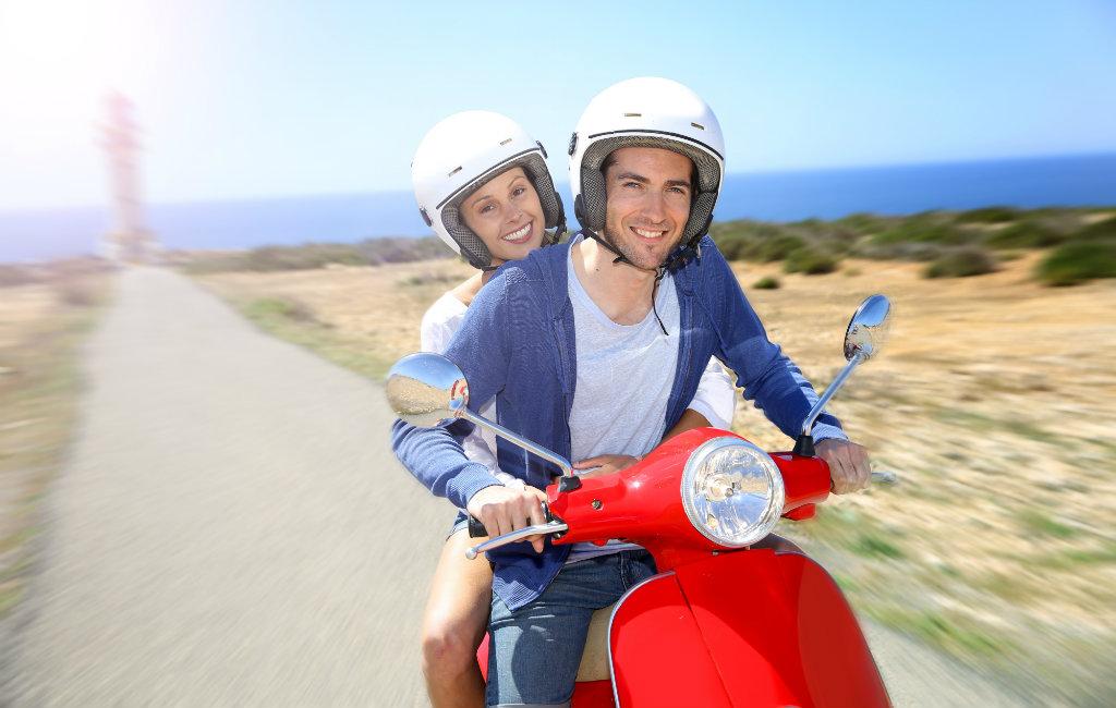 Motor en scooter rijden in Spanje