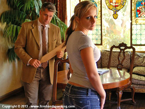 Pretty Kelly Morgan looks serious after her hard paddling