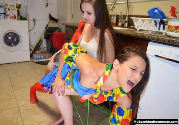 Celeste Star's facial reactions to her OTK spanking