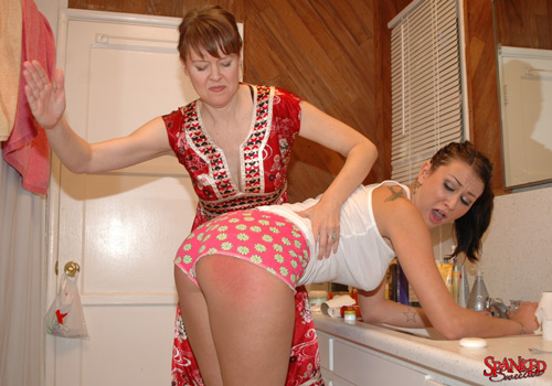 Brand new sweetie Alexis Grace gets spanked by mom in her bootyshorts for cursing