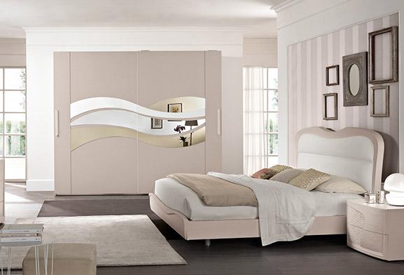 Veniamo adesso alla scelta del colore affermando che una camera da letto contemporanea bianca è forse quella che meglio interpreta la fusione tra classico e moderno vista proprio l'essenza luminosa e briosa di questa tonalità. Camere Da Letto Moderne E Classiche Spar