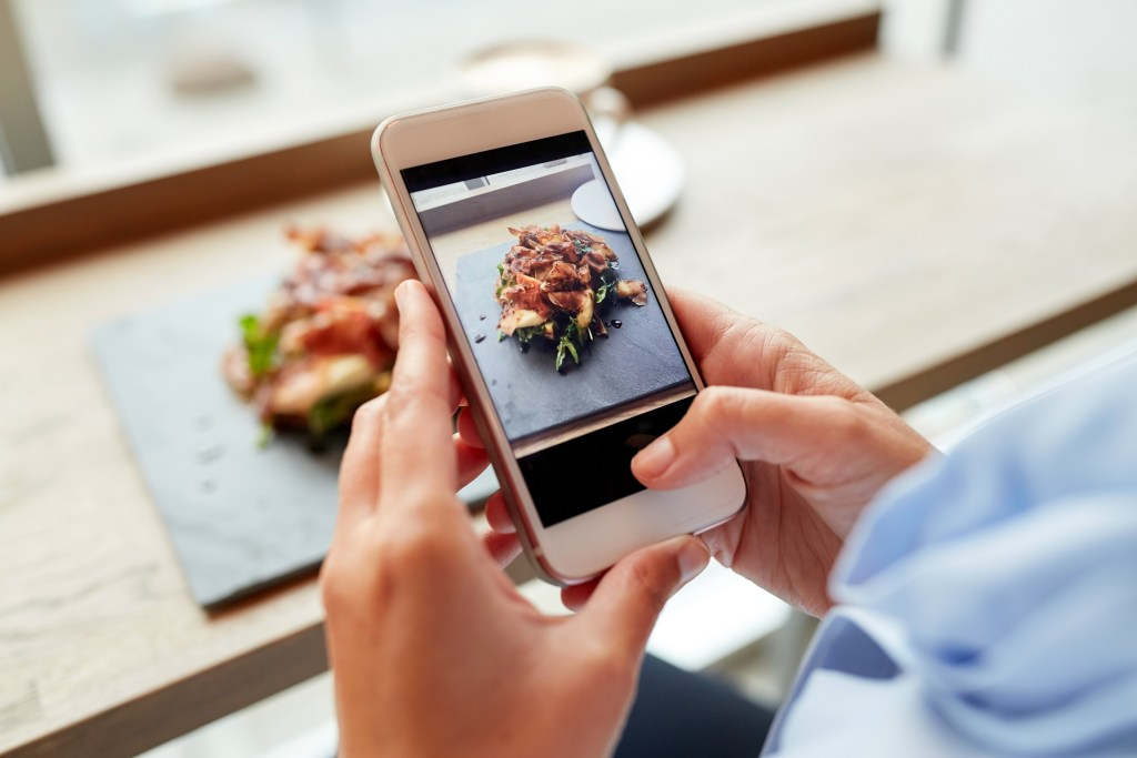increase customer retention, mobile apps