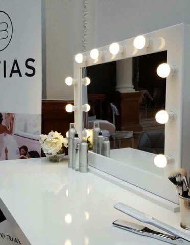 Small Hollywood mirror - Sparkle Homes