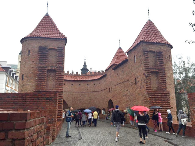13902639_10202134450760560_2893247834918194584_n Varsavia, piccolo viaggio fotografico - agosto 2016