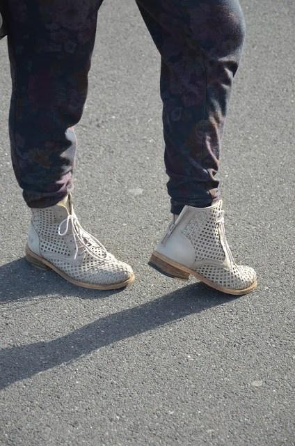 DSC_0044 Borsa Prada beige e tronchetti Felmini shoes