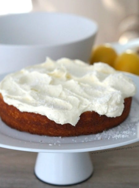 Delicious Coconut and Lemon Cake recipe with Cream Topping!