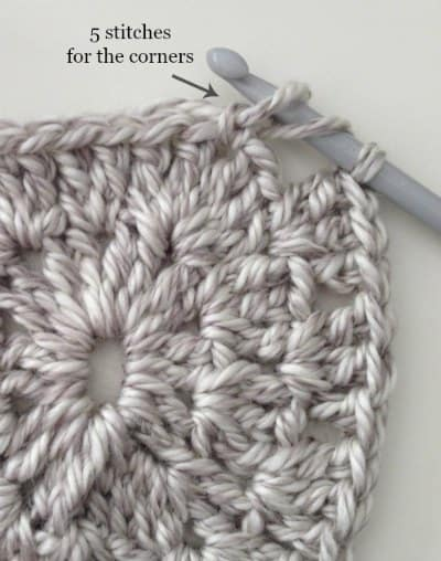 corners of Easy DIY Crochet Blanket