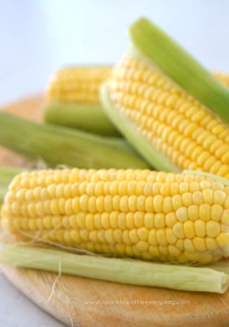 fresh corn cob for The Best oven-baked corn cob recipe!