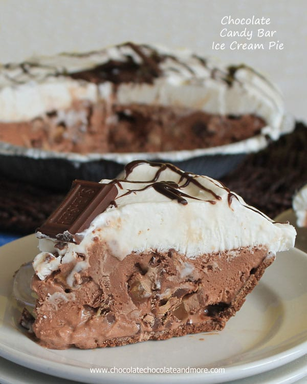 Chocolate-Candy-Bar-Ice-Cream-Pie-from-ChocolateChocolateandmore-39a