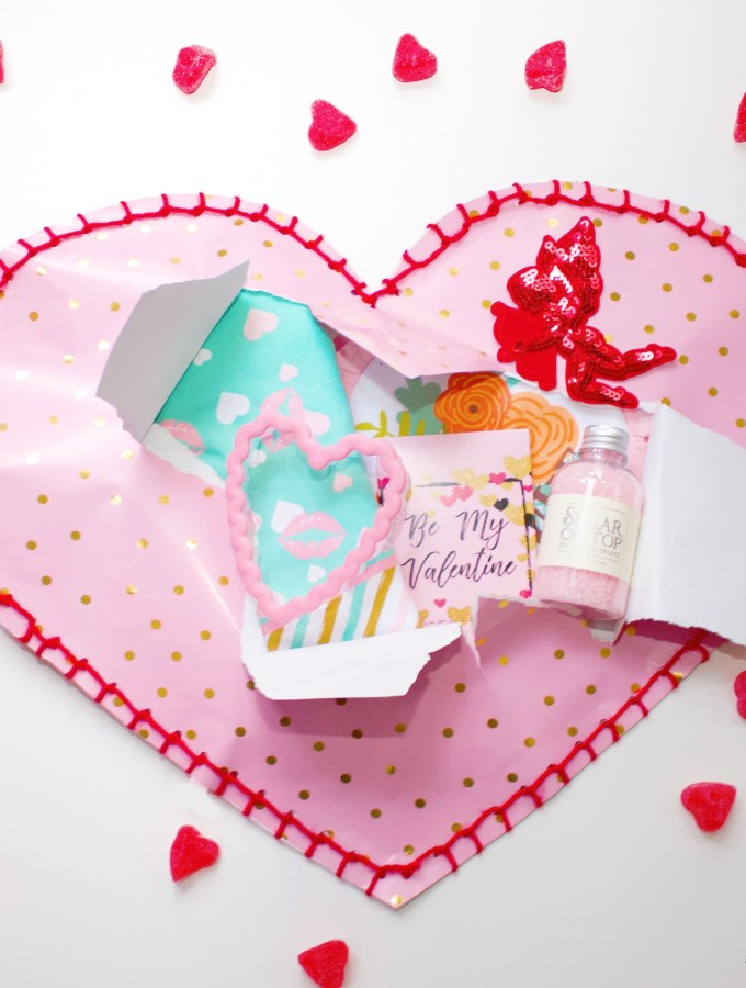 DIY Valentine Blanket Stitch Wrap