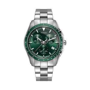 Heren horloge uit de Rado Hyperchrome collection - uitgevoerd in Staal met een groene wijzerplaat - een quartz uurwerk met chronograph en keramische lunette - De Rado collectie is verkrijgbaar bij Sparnaaij Juweliers in Aalsmeer