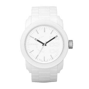 een wit Diesel horloge met een wit siliconen horlogeband voorzien van een quartz uurwerk Diesel horloges verkopen wij ook in bij Sparnaaij Juweliers in Hoofddorp