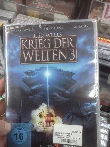 "A DVD case showing what I think is the US Capitol being blown up by a giant enemy crab/""tripod"". YUP"