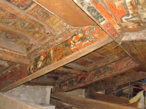 CONFERENCE « Du Languedoc à Aigueperse, charpentes et plafonds peints, témoins méconnus d'un étonnant Moyen Âge » @ Halle aux blés