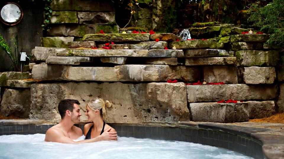 Couple, 100 Fountain Spa, Pillar and Post, Spas of America