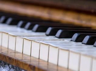 piano-453845_1280