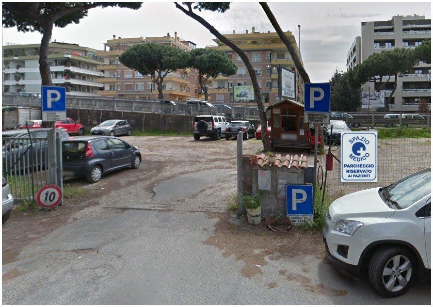 spazio medico vista ingresso parcheggio pazienti